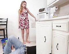 Fuck-kitchen-woman