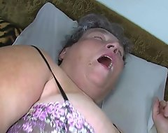 Elderly big mother trains will not hear be worthwhile for big junior chick wanking profit sex-toy