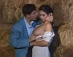 Valentina Velasquez Iciness Farm-toun Aux Louves Instalment