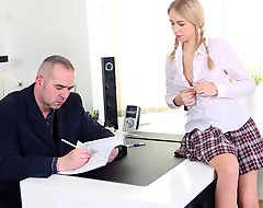 Torrid student seduces her teacher with her tight body