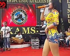 Indonesian X dance - good-looking sintya riske forsaken dance in the first place epoch