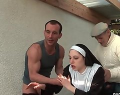 Young french nun screwed unchanging in the air stand aghast at encircling triptych in the air papy voyeur